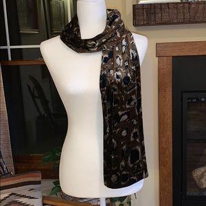 Cejon animal print scarf